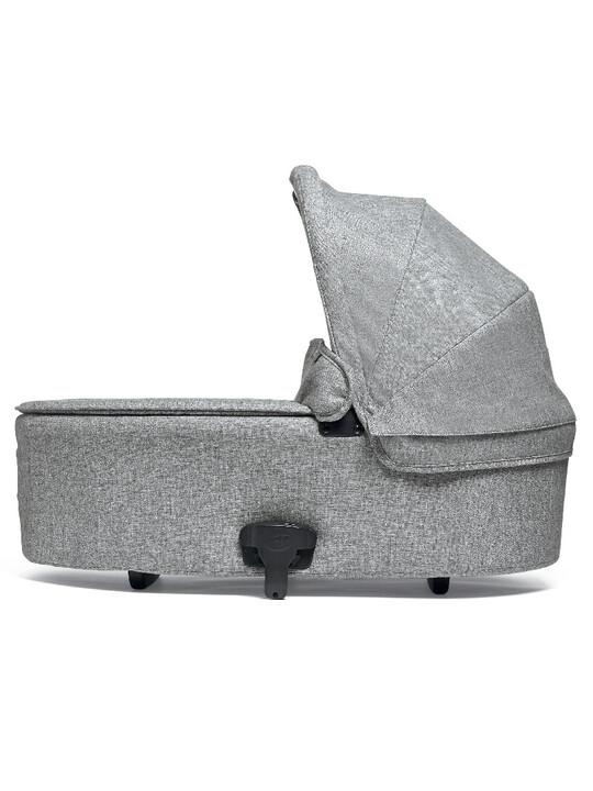 Flip XT³ Carrycot - Skyline Grey image number 1
